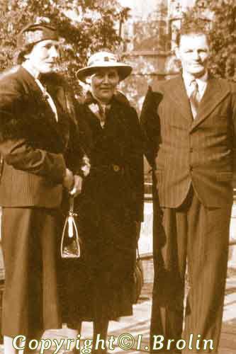 Astrids moster Edit, Astrid och Konrad Almgren